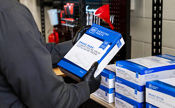 GM Genuine Parts Brake Disc Pad New Packaging